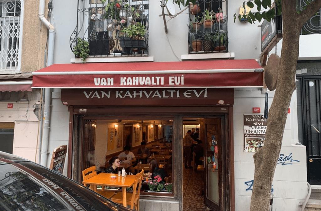 Van Kahvalti Evi